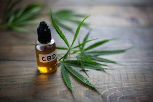 CBD Öl – Wirkung und Erfahrungen mit dem Cannabisöl
